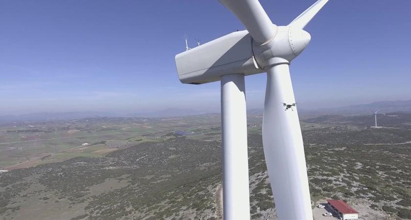 M200 + Wind Turbine