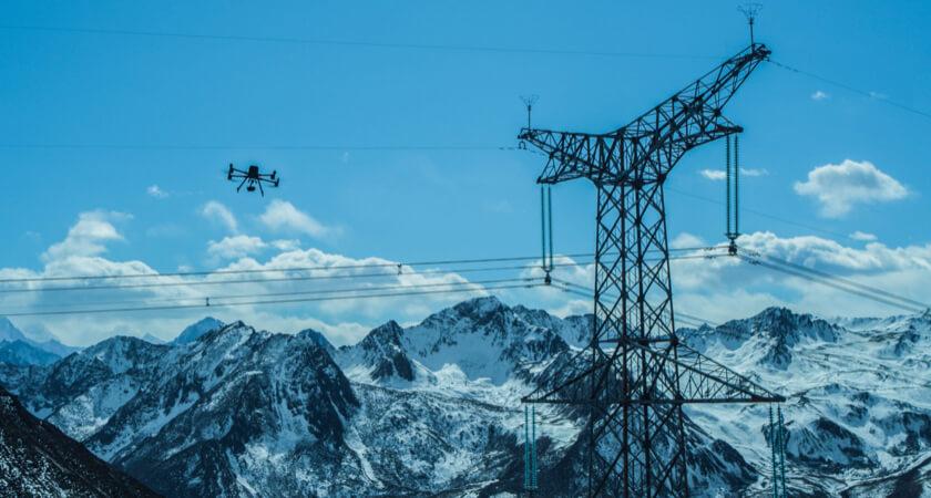Winter M300 Powerline Inspection
