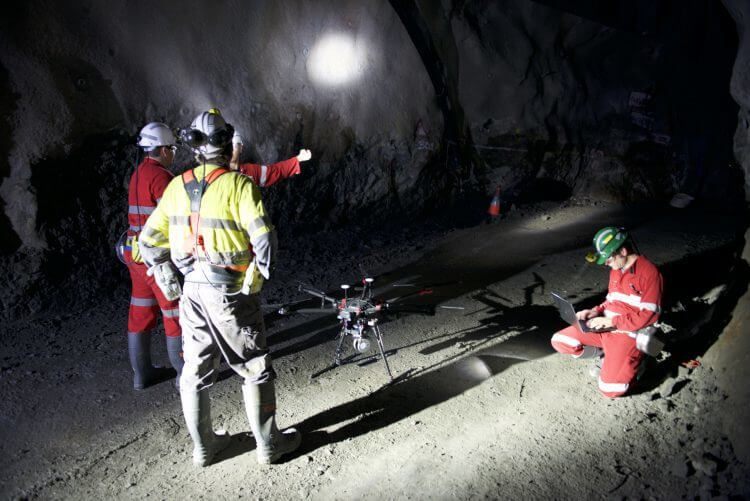 LiDAR Drones operating in a mine